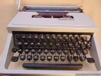 Rakstāmmašīna OLIVETTI