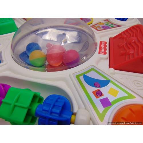 Aktivitāšu galdiņš bērniem