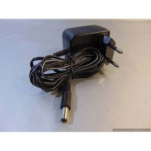 Adapters AC/DC 9V