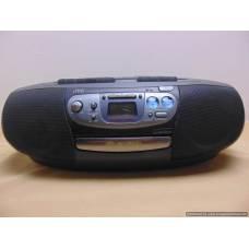 Kasešu/CD/FM magnetafons