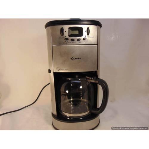 """Kafijas aparāts """"Delta"""""""